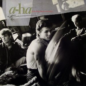 A-HA - Hunting High And Low (Vinyl)